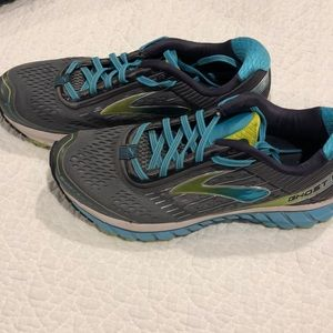 Brooks Running Shoes - Ghost 9